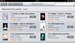 """""""Fraisie"""" s'est classée 7e meilleure vente sur iBookStore parmi des mastodontes comme Twilight ce week end ! La catégorie Jeunesse comporte beaucoup de grosses licences maintenant, alors nous sommes déjà bien contents de la place de Fraisie. Merci beaucoup à ceux qui ont acheté le livre dès sa sortie, c'est grâce à vous ♡"""