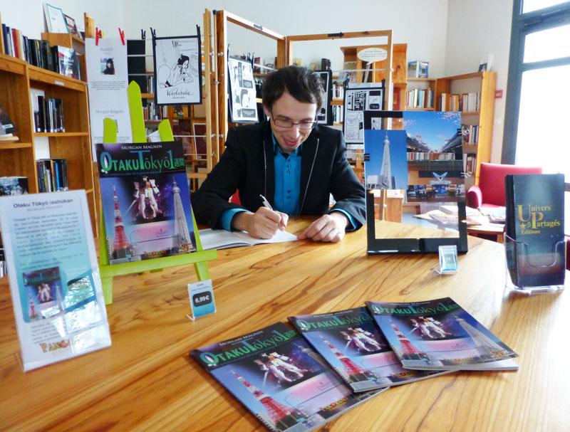Dédicaces Morgan Magnin à la Bibliothèque Emilienne Leroux : 12 Jun 2012